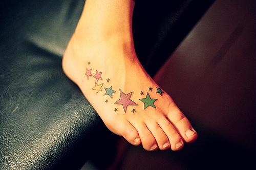 Tatuagens femininas nos Pés