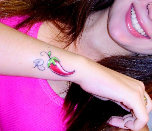 Tatuagens de Pimenta Feminina