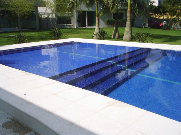 Revestimentos para piscinas fotos modelos - Modelos de piscinas fotos ...