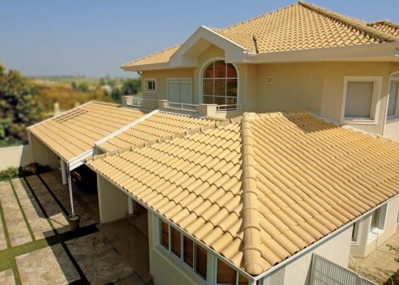 casa-com-telhado-moderno-7