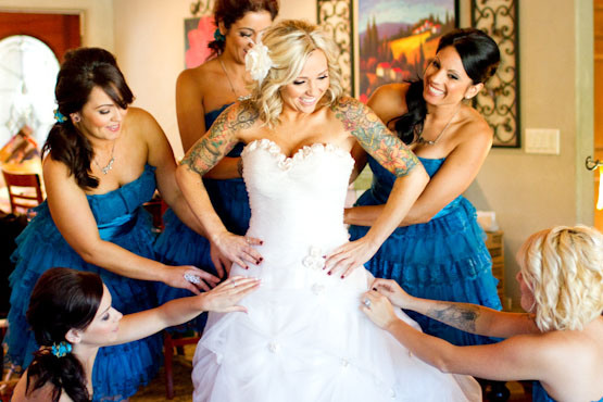 vestidos-para-noivas-tatuadas-2