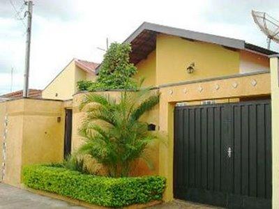 muros-e-fachadas-de-casas-simples-e-modernas