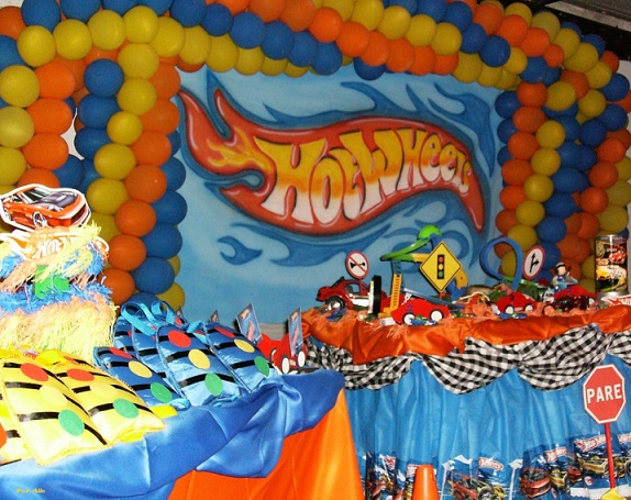aniversario-infantil-tema-hot-wheels-6