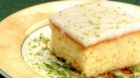 receita-de-bolo-de-limao-com-linhaca