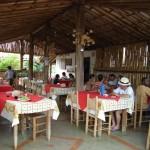 modelos-de-decoracao-rustica-para-bares-e-restaurantes-9