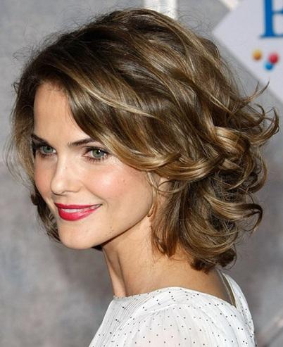 penteados-para-madrinhas-de-casamento-com-cabelos-curtos-3