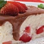 Receita de Torta Gelada de Morango Fácil