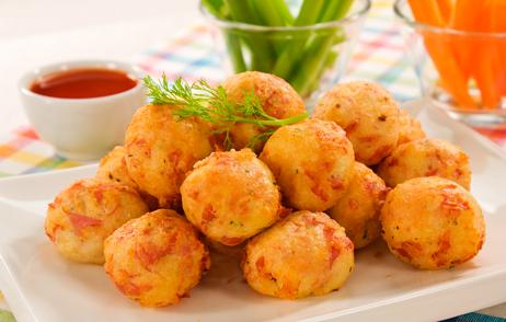 receita-de-bolinho-de-arroz-com-queijo