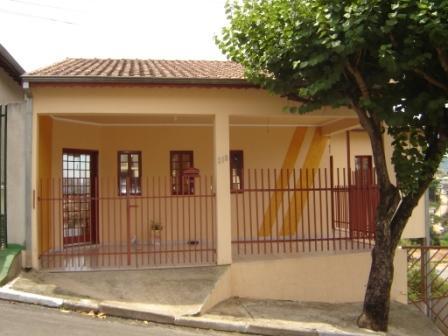 Modelos de frentes de casas pequenas e bonitas for Decoracion de frentes de casas