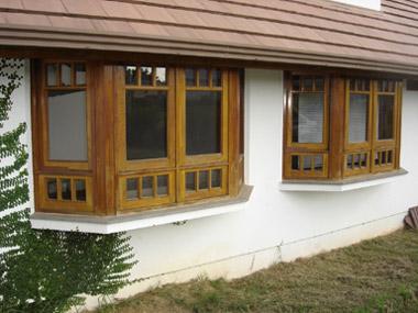 Modelos de janelas para casa de madeira