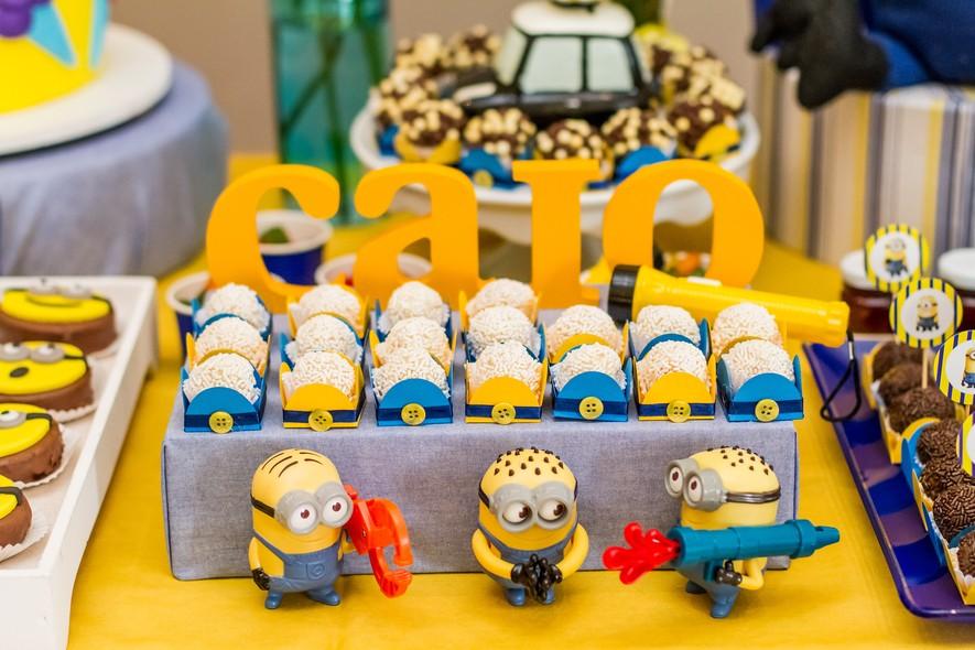 decoração para aniversario infantil minions
