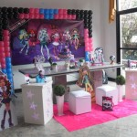 decoracao monster high simples