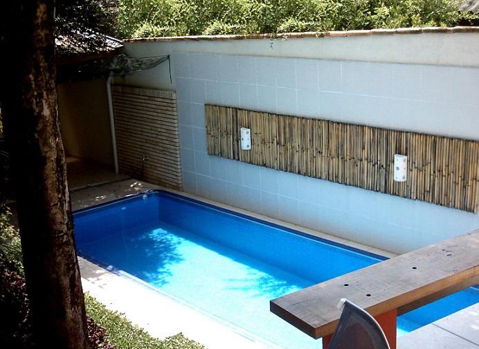 Piscinas para casas pequenas modelos para inspirar for Modelos de piscinas para casas