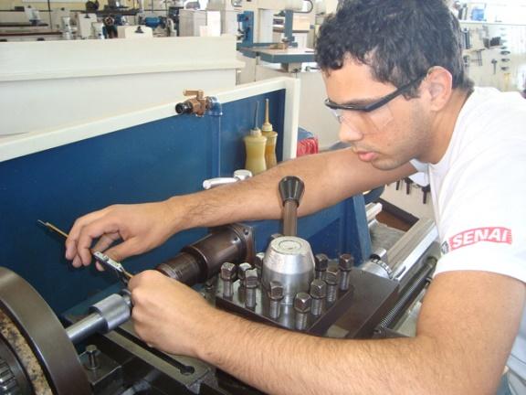 curso-de-torneiro-mecanico-senai