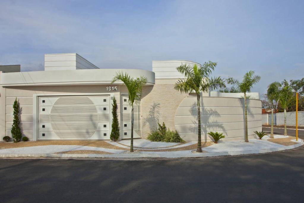 fachadas de casas de esquina