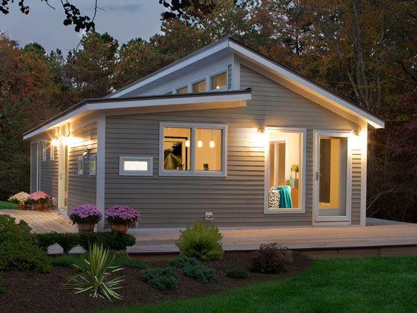 fachada-de-casa-pequena-de-madeira