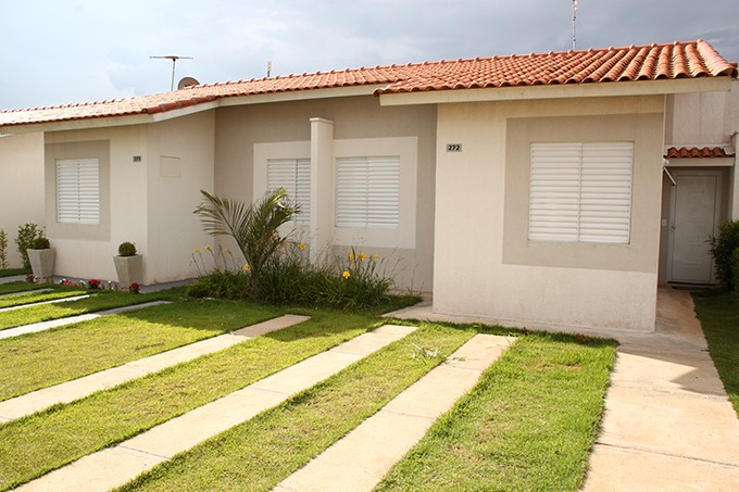 fachadas-de-casas-pequenas15