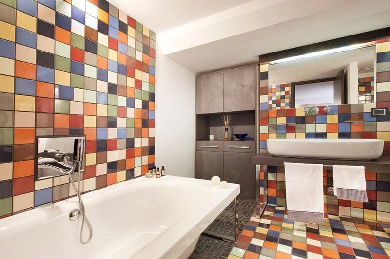 banheiros coloridos criativos