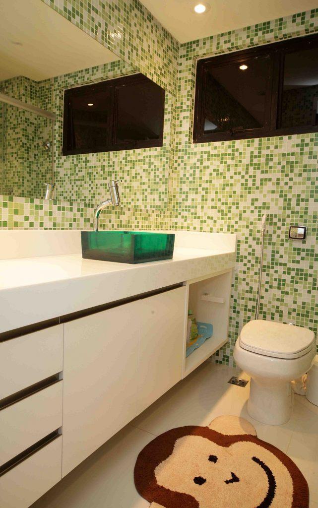 banheiros coloridos para criancas