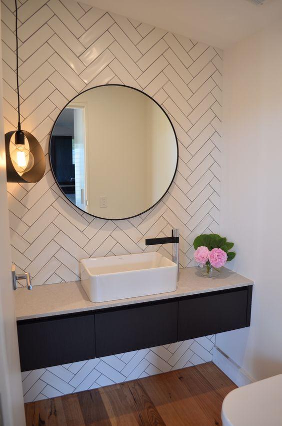 Espelhos para banheiros como decorar