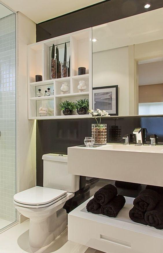 Espelhos para banheiros pequenos